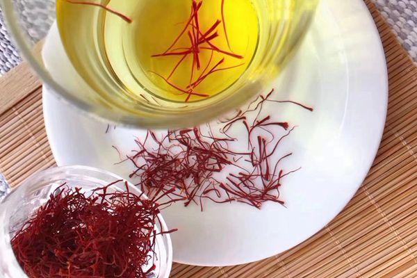 藏红花茶有利于调节女性内分泌失调