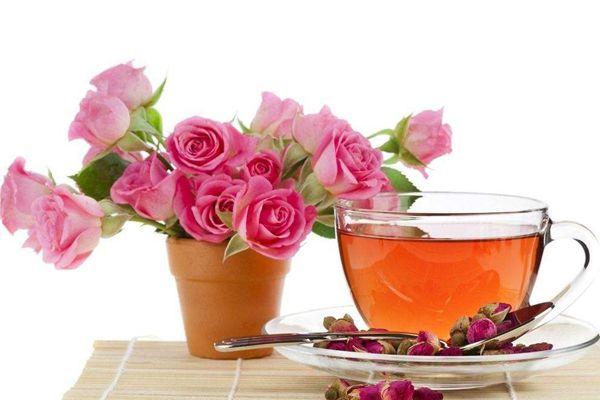 玫瑰花泡水喝
