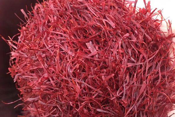 藏红花不能和其他活血化瘀的药物一起服用