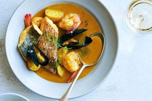 用藏红花做的马赛鱼汤