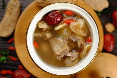 藏红花鸽子汤