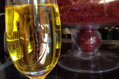 藏紅花和什么泡酒最好 藏紅花泡酒的功效