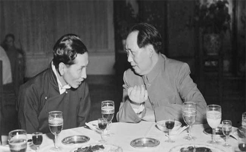 歷史照片:毛澤東和阿沛阿旺晉美