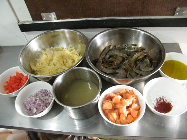 藏紅花法式酸菜 配料
