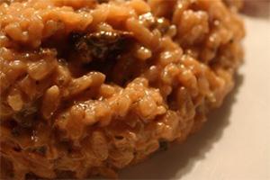 藏红花牛肝菌菇意大利烩饭