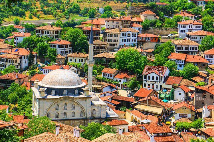 土耳其秋色醉人的番紅花城