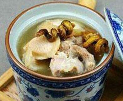 白芍石斛瘦肉湯