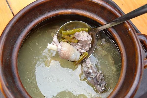 铁皮石斛老鸽汤