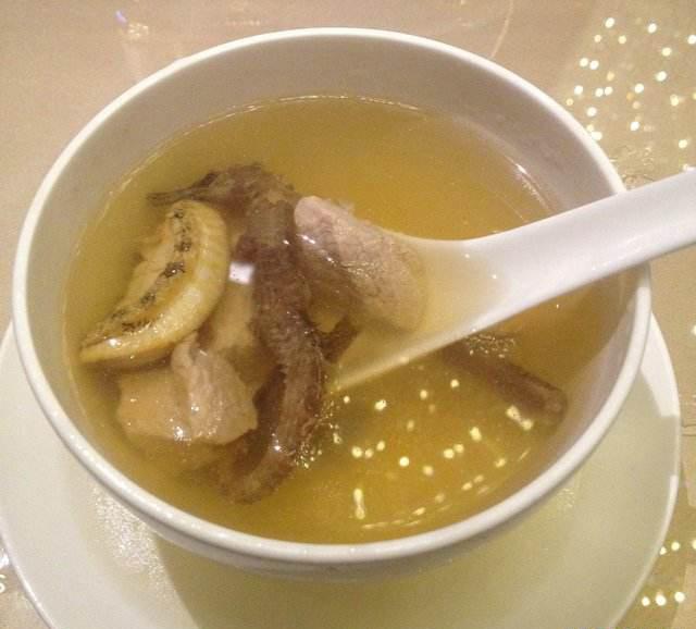 石斛海马养生汤