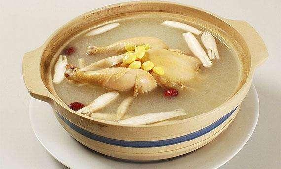 石斛鮮品雞煲