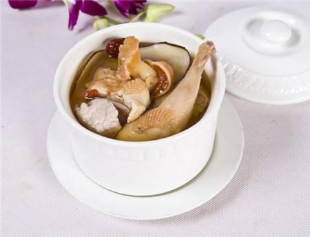 麦冬石斛煲鸡