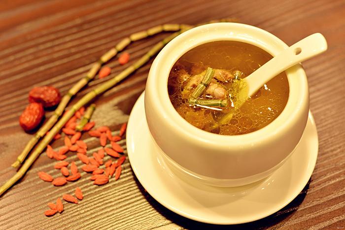 鐵皮石斛煲湯