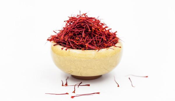 碗裝藏紅花