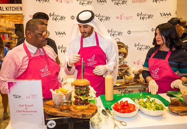 卡塔尔王室成员和他制作的藏红花汉堡