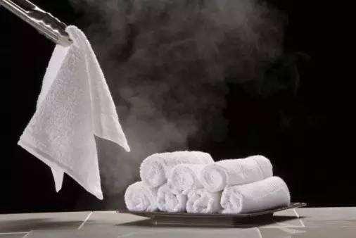 熱敷用的熱毛巾